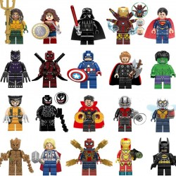 SET Figurky k LEGO Superhrdinové 20 ks