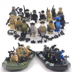 Figurky vojáků a lodě k LEGO 56 ks