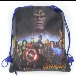 Vak na záda Avengers